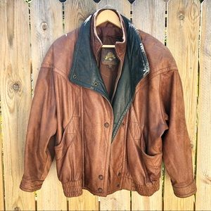 🍁80's Adventure Bound | Leather Jacket Size L